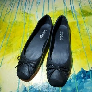 KENNETH COLE REACTION BALLET FLATS W BOW BLACK